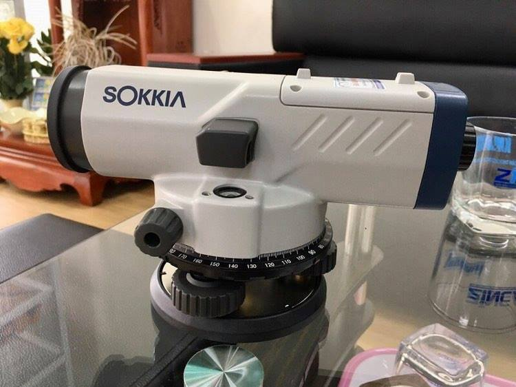 may-thuy-binh-tu-dong-sokkia-b30a
